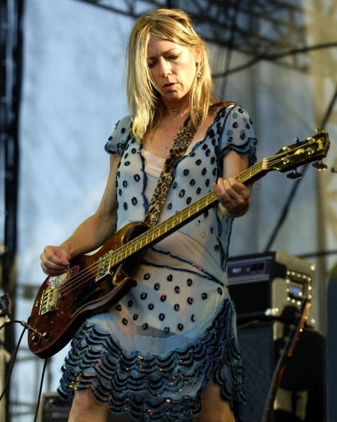 NEW ORLEANS - OCTOBER 16:  Sonic Youth performs at the first day of the VooDoo Music Festival on October 16, 2004 in New Orleans.  (Photo by Chris Graythen/Getty Images)