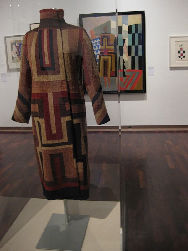 Sonia Delaunay, Gloria Swanson coat