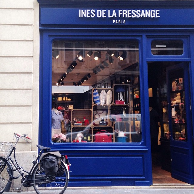 ines-de-la-fressange-rue-de-grenelle-paris-2015- 001