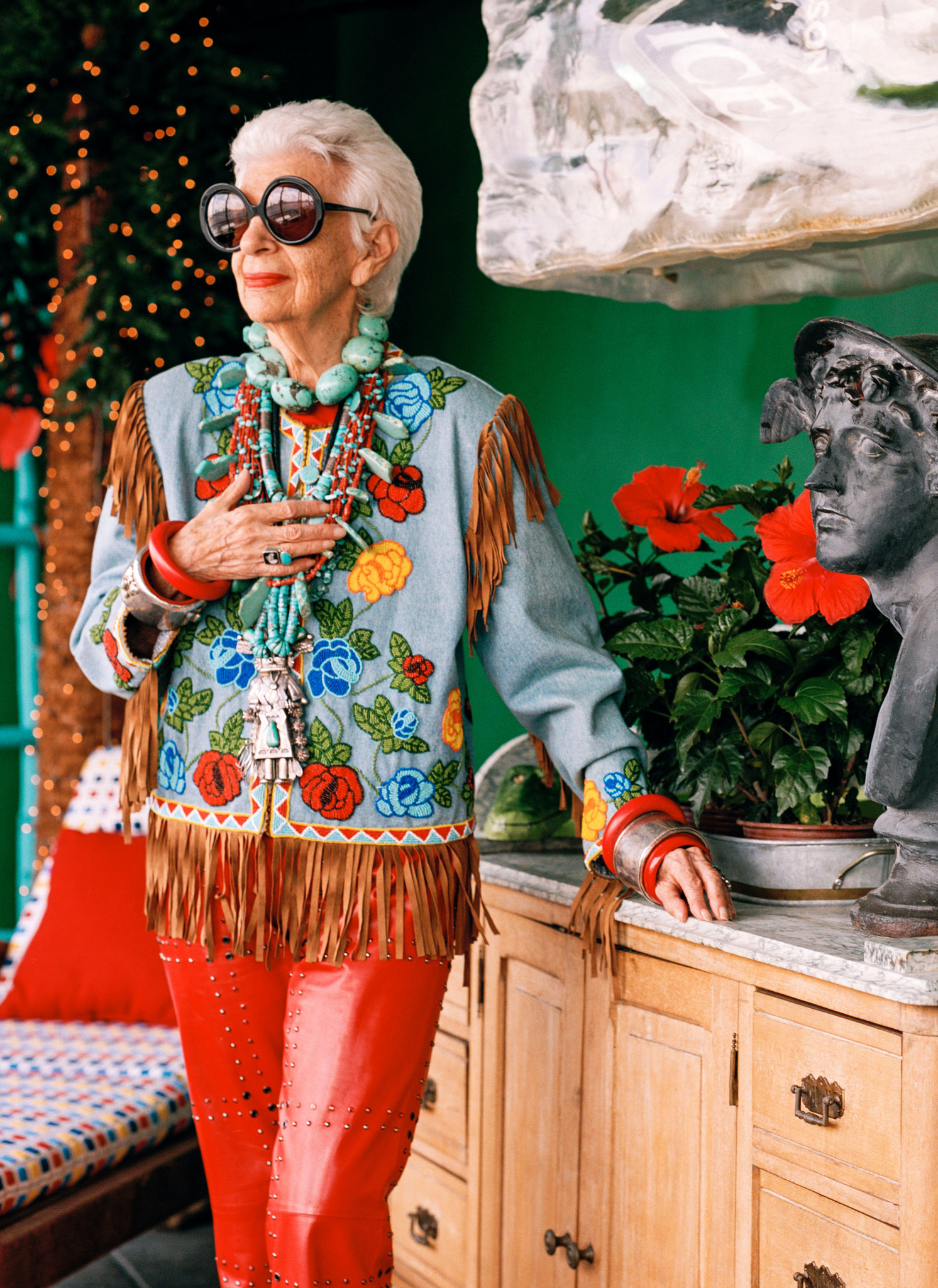The Iris Apfel Documentary That 39 S Not My Age