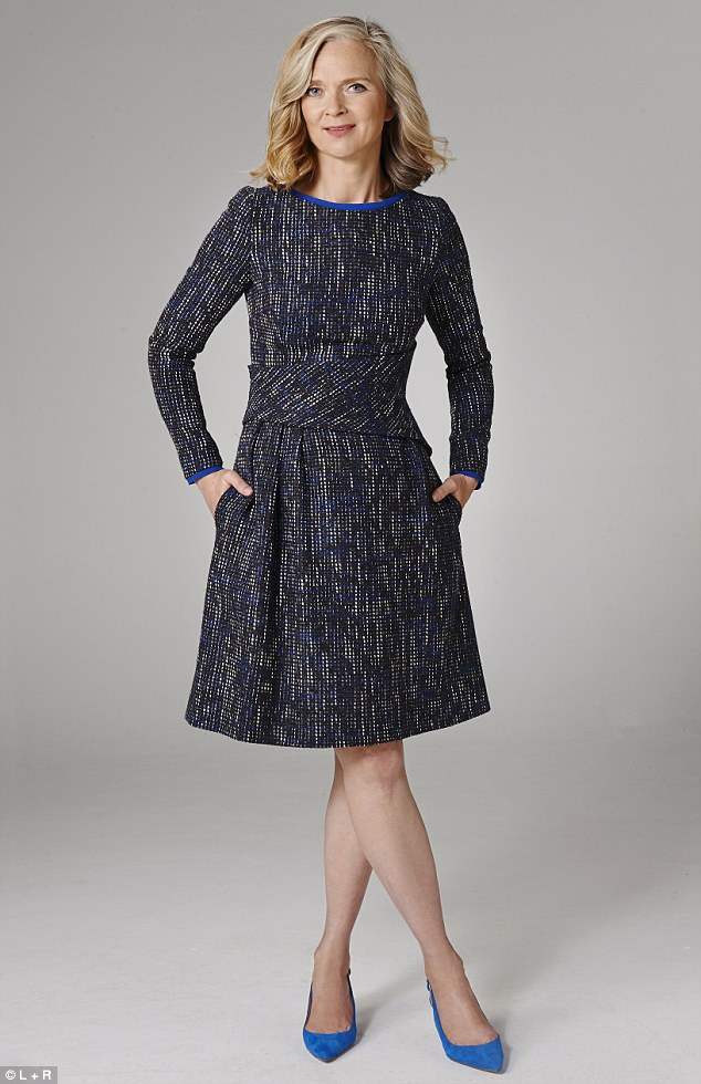 Alyson Walsh-Blue_tweed_dress_365_thefoldlondon_com_Shoes_160_lkbennett_com-a-29_1442449355478