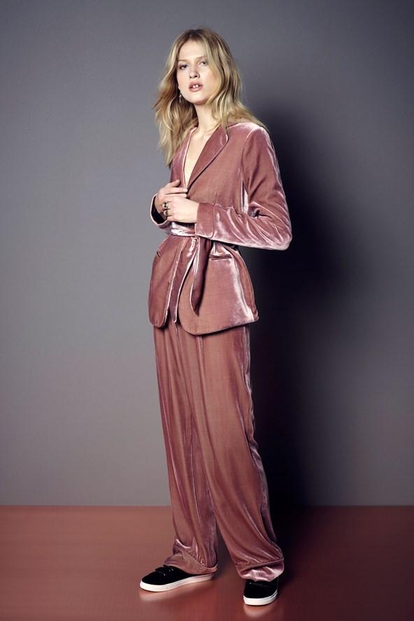 M&S pink velvet trouser suit-39-50-shoe-29-50_592x888