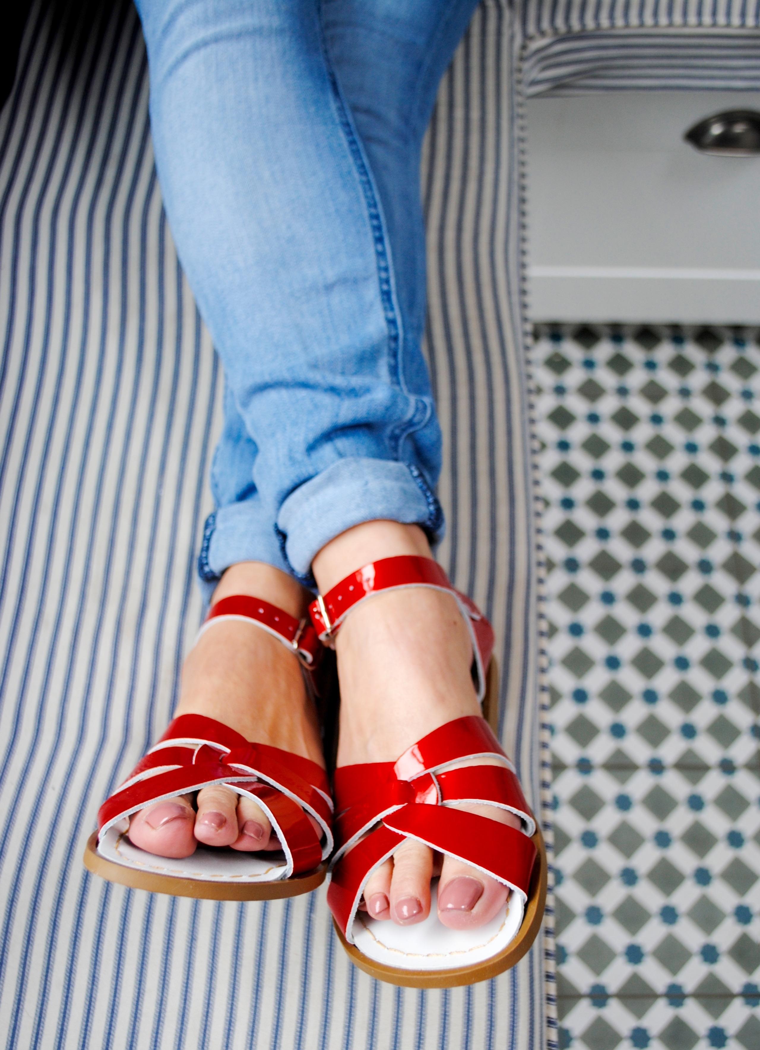 CandyRed Salt Water sandals
