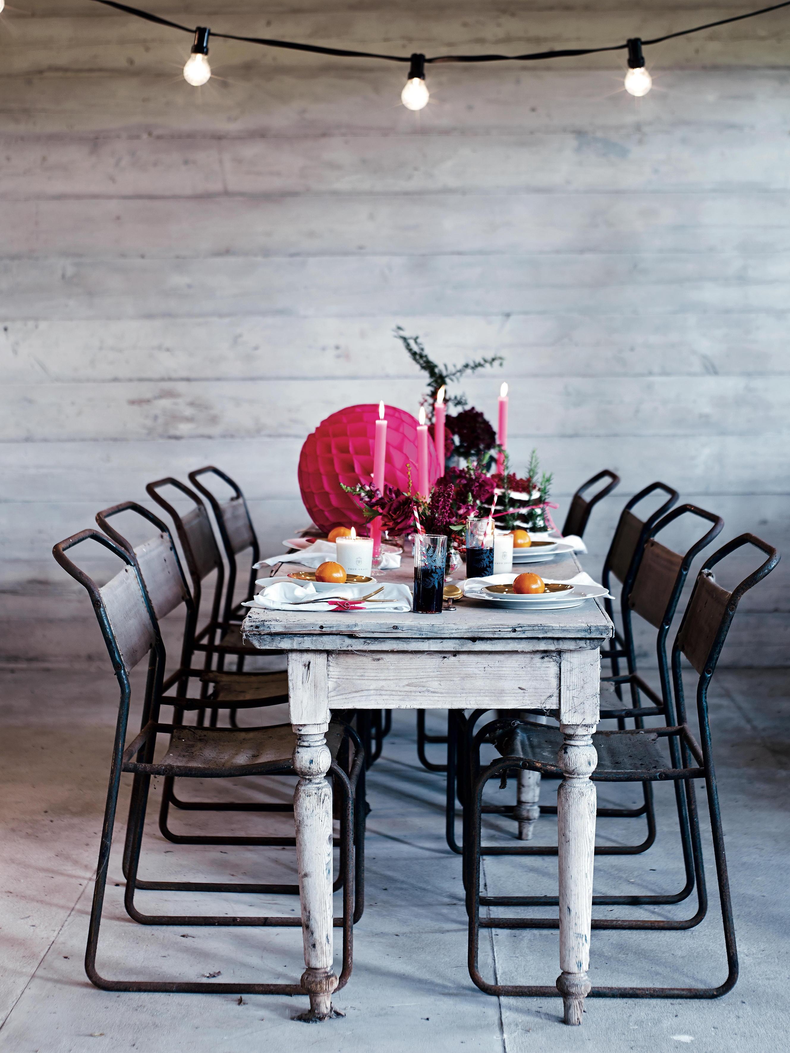 Christmas table_candles_1788_2_10_1479478