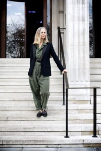 Casual Glamour: the jumpsuit and jacket combo