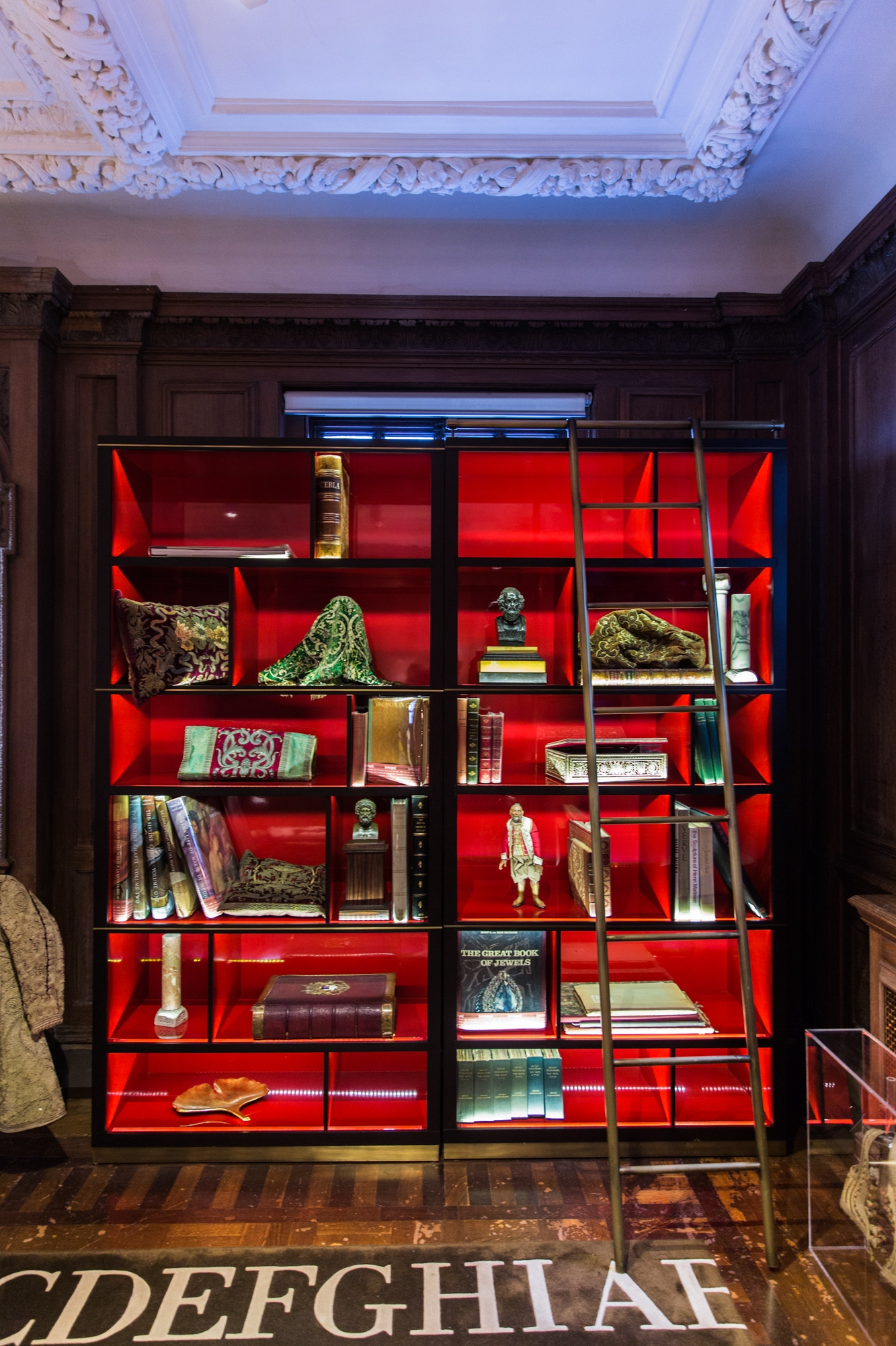 Maison assouline a lovely grown up spot that 39 s not my age for Maison london