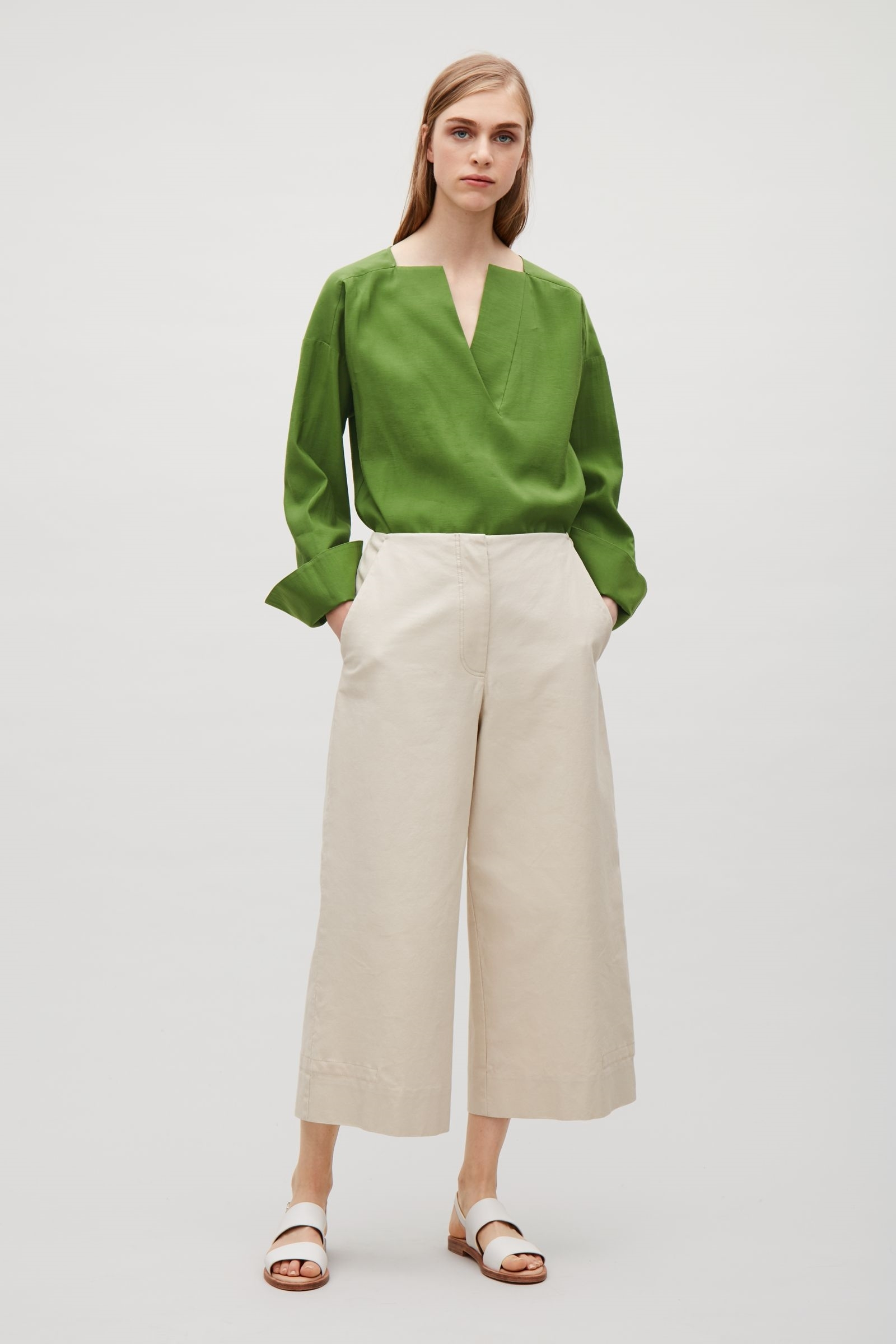 Hot Weather Dressing Cropped Pants Can Look Chic That S