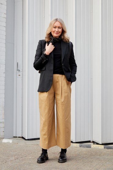 What Women Wear: Deborah Thomas