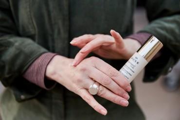 Revitalising winter skin