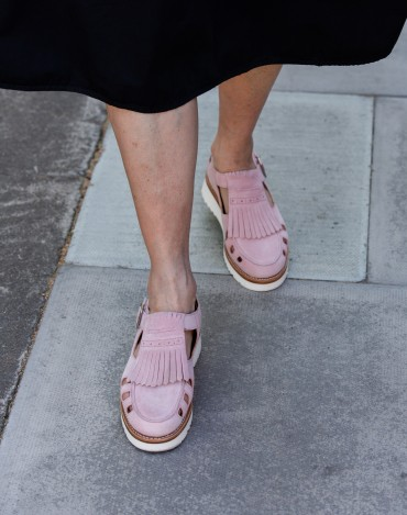In praise of the summer flatform shoe