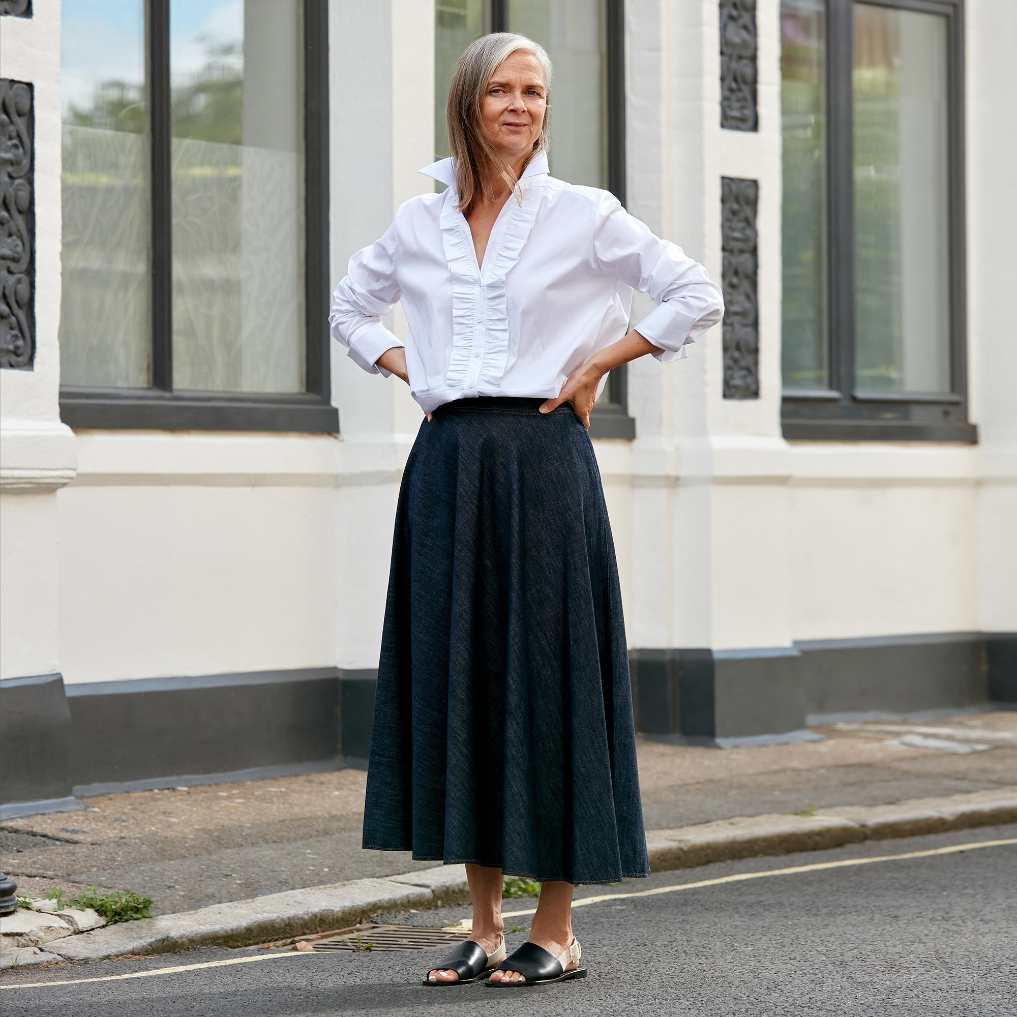 brown lined pencil skirt  linen feel  minimalist skirt  size 10  fits m  waist 28