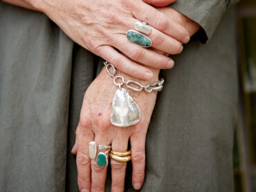 Ask Alyson: Where can I shop for simple silver jewellery?